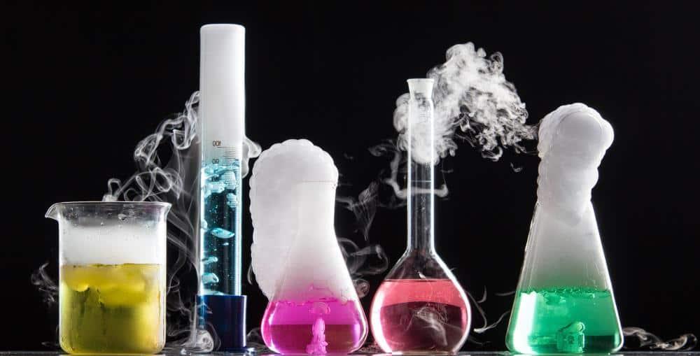 بررسی های مهندس امیر مسعودی در رشته شیمی قسمت (۱)